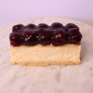 Baked-Cheesecake-Cherry